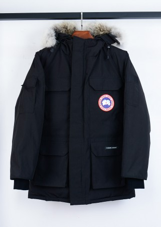 Canada Goose EXPEDITION Jacket In Black