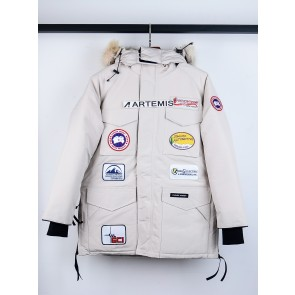 Canada Goose Jacket in White